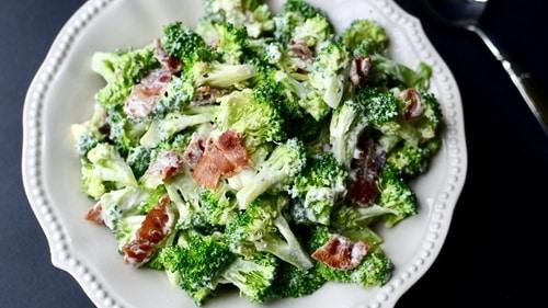 кето салат из брокколи. подойдет для палео